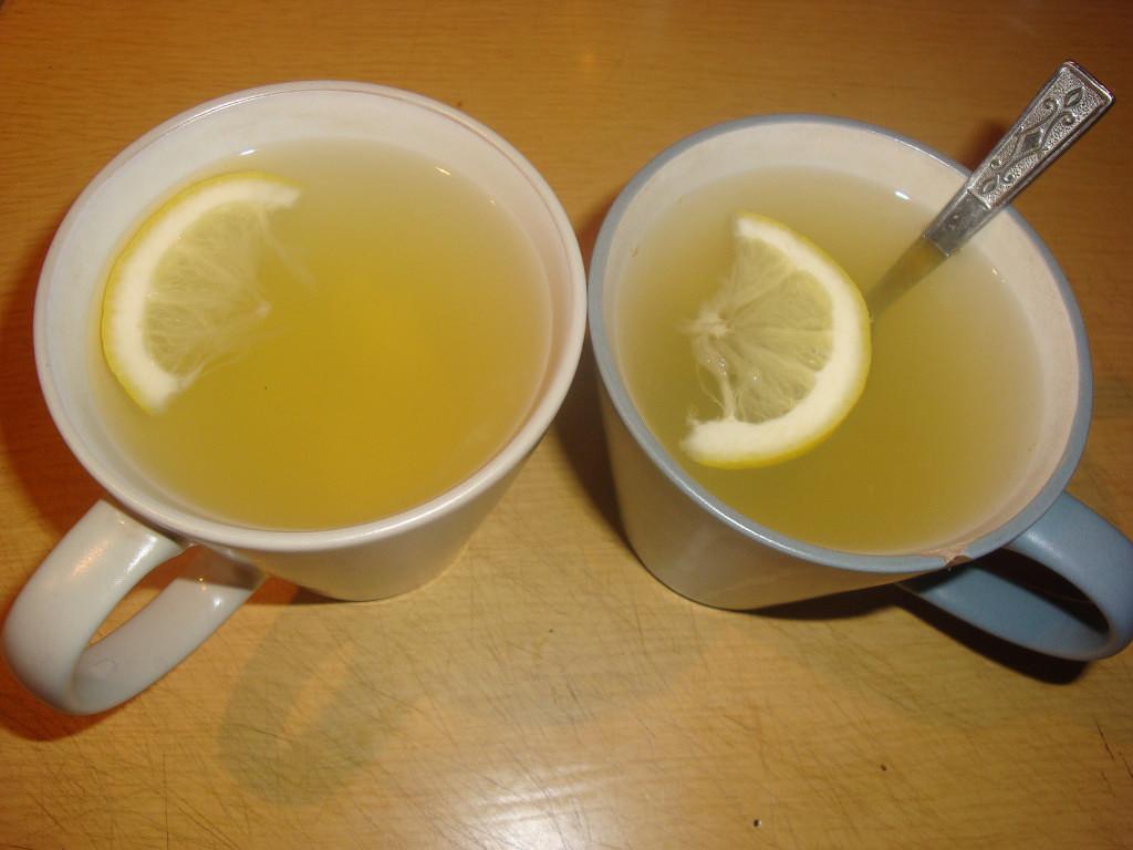 напиток из имбиря с мёдом и лимоном