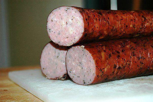 Домашняя колбаса из куриного мяса